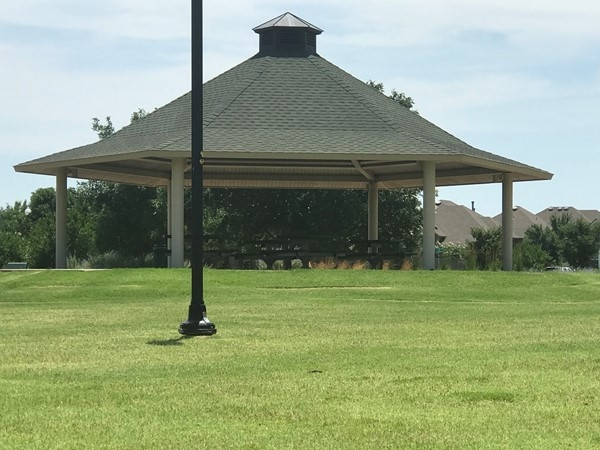 Great pavilion area for picnics