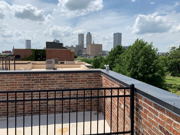 Midtown Tulsa. Condo living at its finest, a rooftop with a view