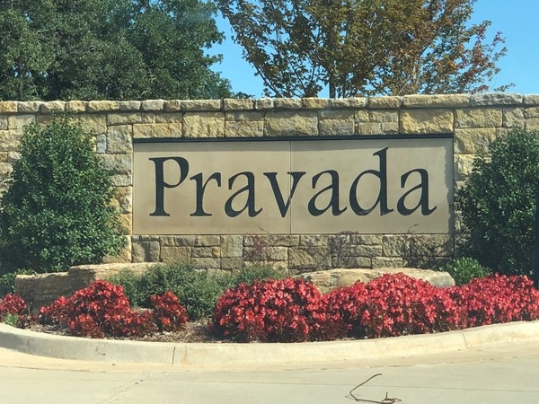 Welcome to Pravada - lots available for custom homes with Silver Stone