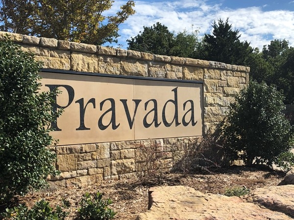 Beautiful community in Arcadia with lots available