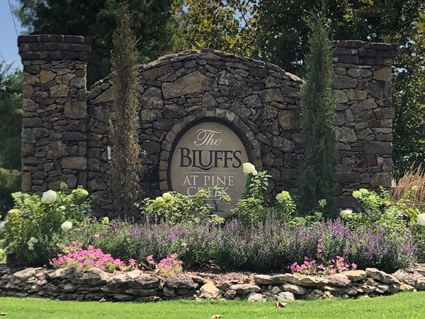 Welcome to The Bluffs at Pine Creek