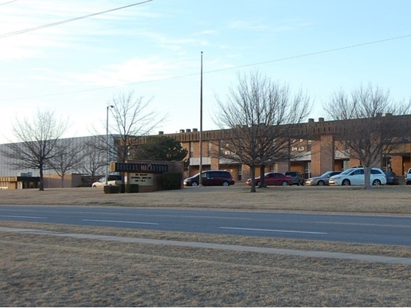 MacArthur High School in Lawton