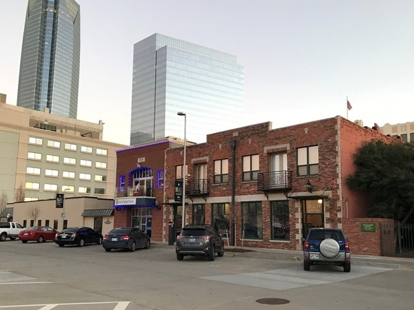 Love the way we have such a tasteful contrast in modern and historical buildings in urban OKC