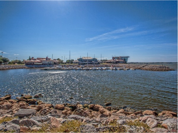 The East Wharf restaurants at Lake Hefner offer great food, entertainment and stellar scenic views.